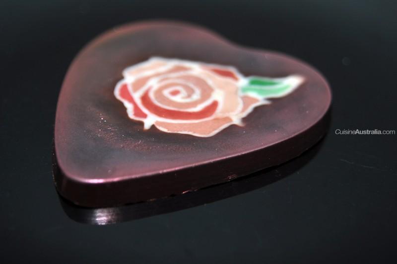 White Outline Rose on Dark Chocolate Lid