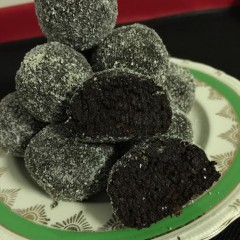 Sprouted Rye Chocolate Balls