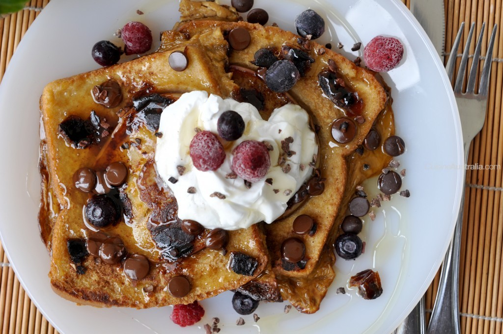 French Toast with Apple and Dates